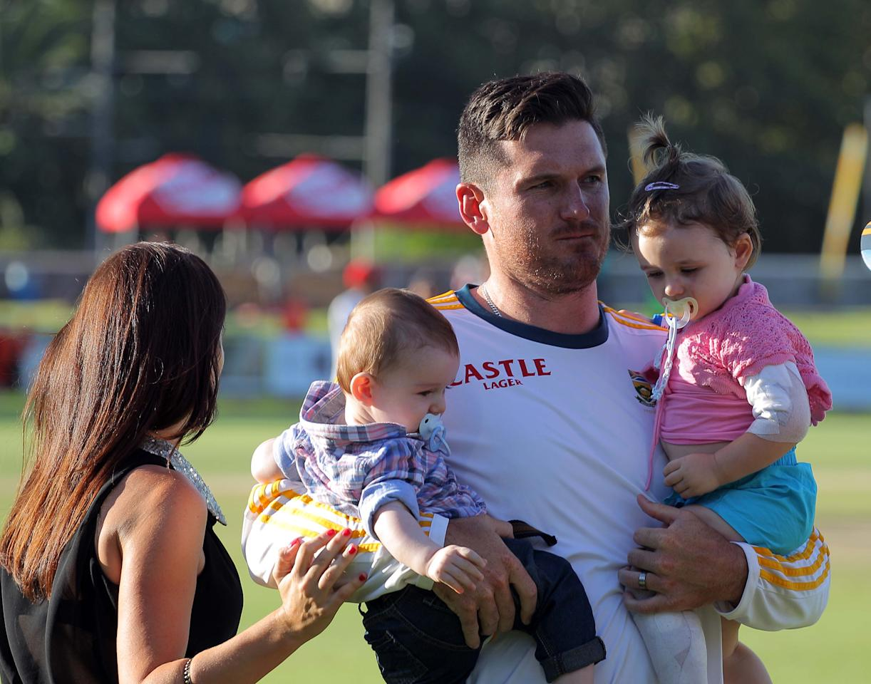 CAPE TOWN, SOUTH AFRICA - MARCH 05: Graeme Smith and his kids Cadance and Carter during day 5 of the 3rd Test match between South Africa and Australia at Sahara Park Newlands on March 05, 2014 in Cape Town, South Africa. (Photo by Carl Fourie/Gallo Images/Getty Images)
