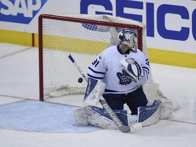Toronto Maple Leafs netminder Frederik Andersen can expect more pressure from Washington's powerhouse attack in Game 2.(AP Photo/Molly Riley)