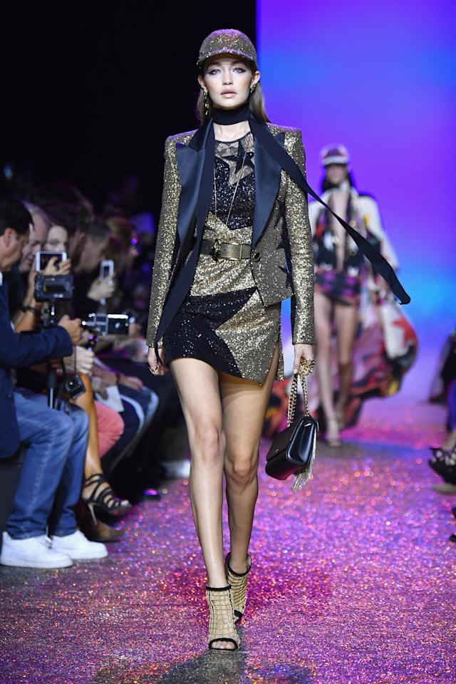 <p>The modern supermodel walked in Elie Saab's star-spangled show. <i>[Photo: Getty]</i></p>