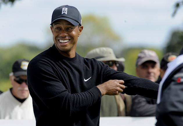lateral hazard  tiger woods in charge of fedex cup race