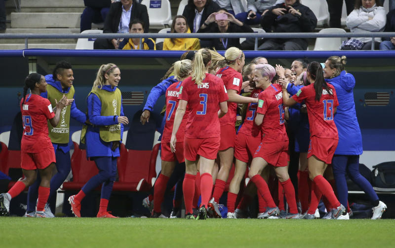 REIMS, FRANCE - JUNE 11: Megan Rapinoe of USA and teammates celebrate a goal during the 2019 FIFA Women's World Cup France group F match between USA and Thailand at Stade Auguste Delaune on June 11, 2019 in Reims, France. (Photo by Jean Catuffe/Getty Images)