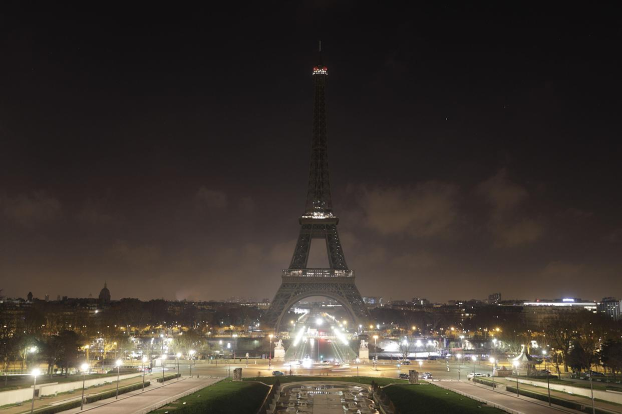 The Eiffel Tower goes dark on Dec. 13, 2018, in memory of the victims of the attack on Christmas shoppers at a market in Strasbourg, northeastern France, on December 11. (Photo: Geoffroy Van Der Hasselt/AFP/Getty Images)