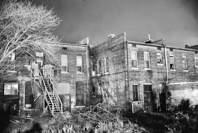 <p>View of a nearby rooming house where suspect James Earl Ray was believed to have fired the fatal shot that killed King. (Photo: Henry Groskinsky/The LIFE Picture Collection/Getty Images) </p>
