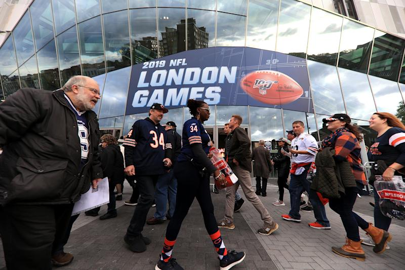 LONDON, ENGLAND - OCTOBER 06: Fans arrive at the stadium ahead of the NFL match between Chicago Bears andOakland Raiders at Tottenham Hotspur Stadium on October 06, 2019 in London, England. (Photo by Tottenham Hotspur FC/Tottenham Hotspur FC via Getty Images)