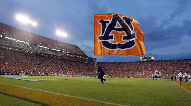 Auburn is rolling with true freshman QB Bo Nix to open the season. (AP Photo/Butch Dill, File)