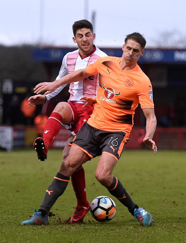 Soccer Football - FA Cup Third Round - Stevenage vs Reading - The Lamex Stadium, Stevenage, Britain - January 6, 2018 Reading's David Edwards in action with Stevenage's Thomas Pett Action Images/Alan Walter