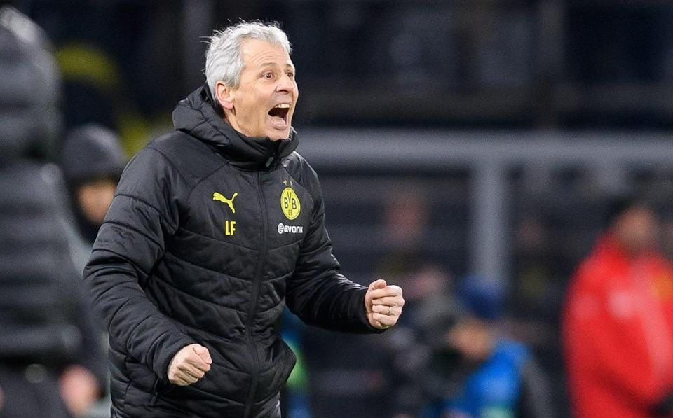 Lucien Favre of Borussia Dortmund gestures during the UEFA Champions League group F match between Borussia Dortmund and Slavia Praha - Getty Images