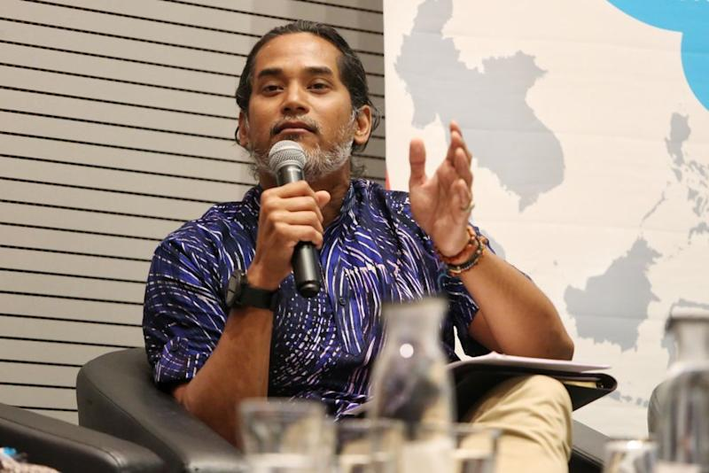 Khairy Jamaluddin speaks during a forum at the Sunway University in Subang Jaya August 19, 2019. — Picture by Choo Choy May