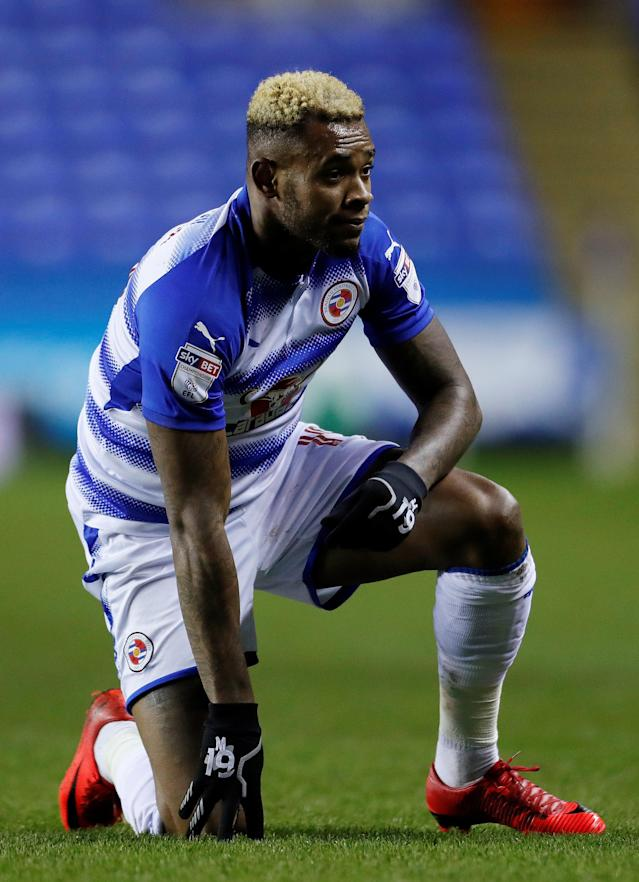 Soccer Football - FA Cup Third Round Replay - Reading vs Stevenage - Madejski Stadium, Reading, Britain - January 16, 2018 Reading's Leandro Bacuna Action Images/Andrew Couldridge