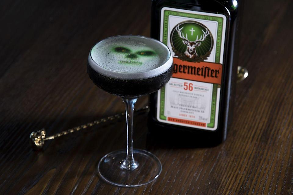 <p><strong>Ingredients</strong></p><p>1 oz Jägermeister<br>1 oz aged rum<br>.75 oz fresh lime juice<br>.75 oz simple syrup<br>.5 oz egg white<br>1 capsule activated charcoal</p><p><strong>Instructions</strong></p><p>Build all ingredients in a shaker tin with ice and shake. Strain into a coupe glass. </p><p><em>By </em><em>Willy Shine</em></p>