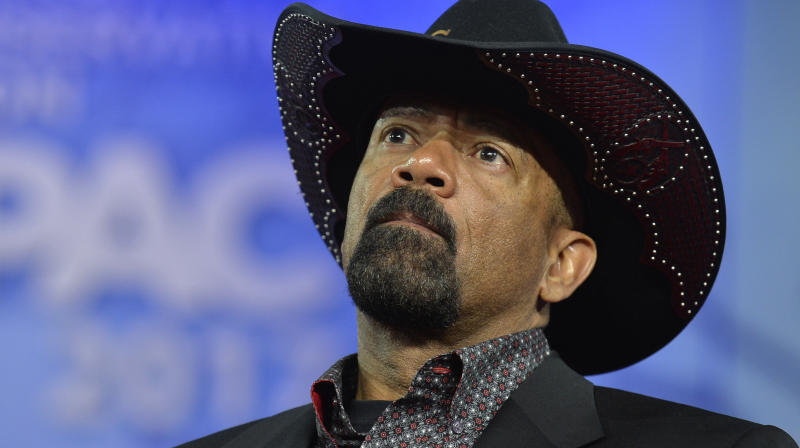 Twitter Locks Trump Ally David Clarke's Account Over 'Taste Their Blood' Media Threat