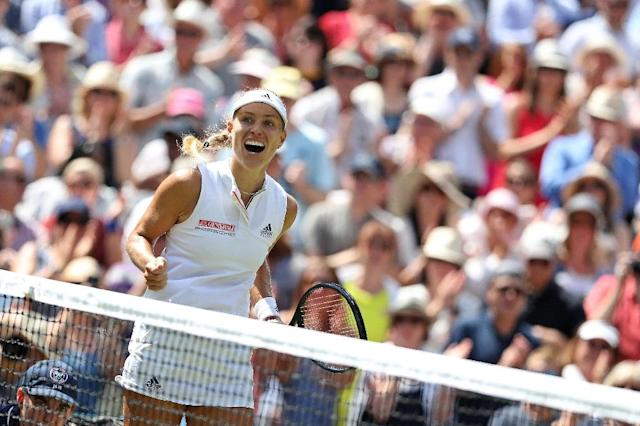 Angelique Kerber celebrates after beating Jelena Ostapenko (AFP Photo/Daniel LEAL-OLIVAS)