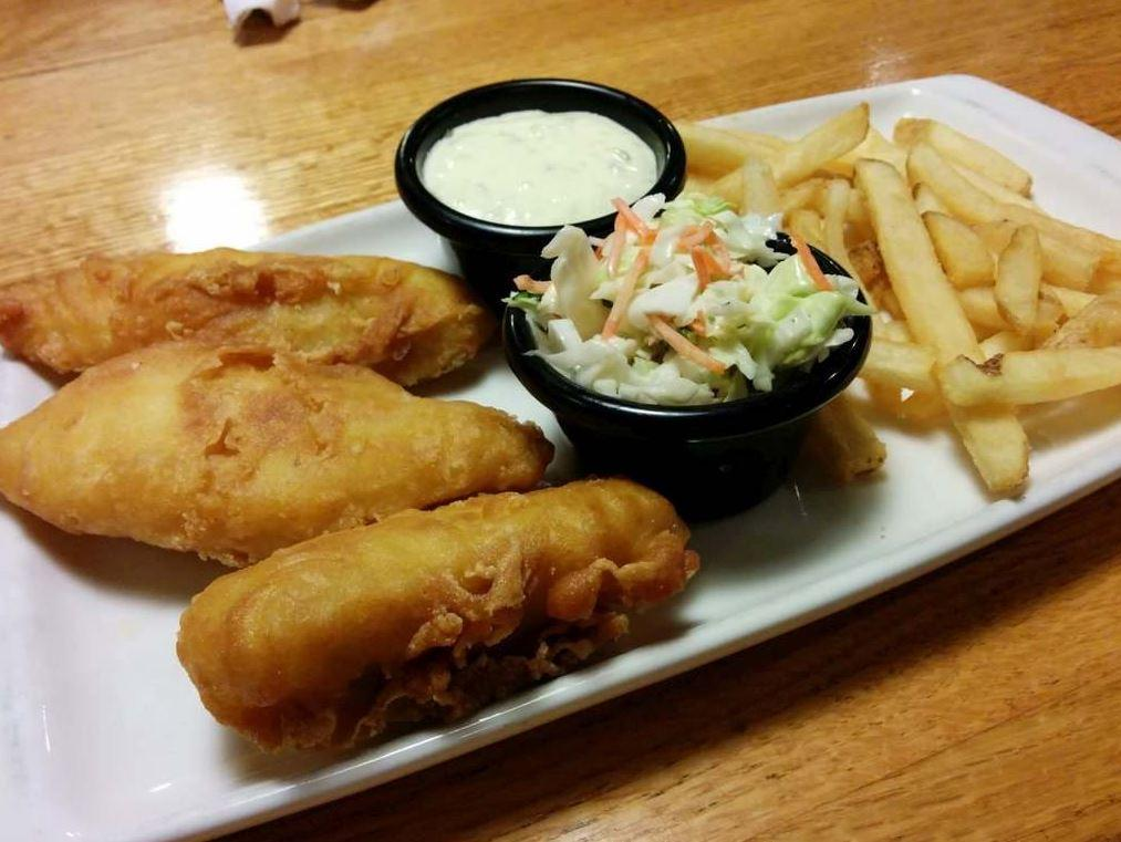 The unhealthiest dishes at your favorite chain restaurants for Applebee s fish and chips