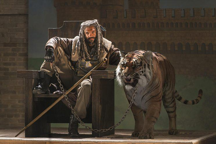 Khary Payton as Ezekiel with Shiva in AMC's The Walking Dead . (Photo Credit: Jackson Lee Davis/AMC)