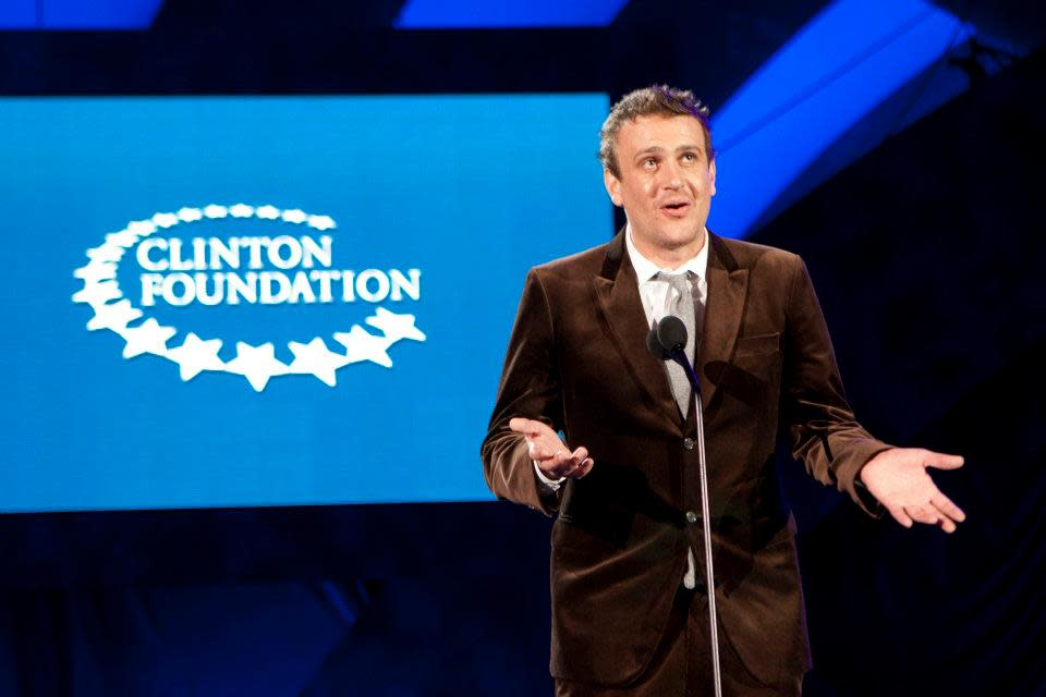 "Jason Segel introduces a <a target=""_blank"" href=""http://news.yahoo.com/blogs/the-difference/bill-clinton-appears-celeb-laden-funny-die-spoof-073131640.html"">spoof video</a> created by Funny or Die.<br><br>(Photo by Adam Schultz / Clinton Foundation)"