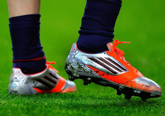 BARCELONA, SPAIN - NOVEMBER 03: Lionel Messi of FC Barcelona warms up wearing his personalised new boots with the name of his newborn son Thiago prior to the star of the La Liga match between FC Barcelona and RC Celta de Vigo at Camp Nou on November 3, 2012 in Barcelona, Spain. (Photo by David Ramos/Getty Images)