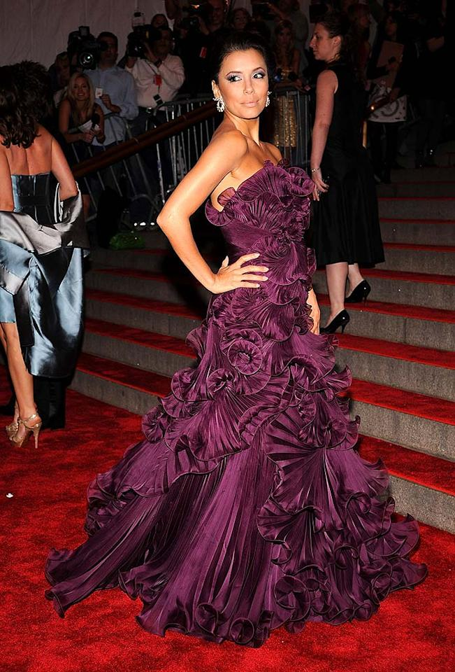 "Despite being a diminutive ""desperate"" housewife, Eva Longoria wowed the crowd in a Marchesa-made aubergine pleated silk gown. Dimitrios Kambouris/<a href=""http://www.wireimage.com"" target=""new"">WireImage.com</a> - May 5, 2008"