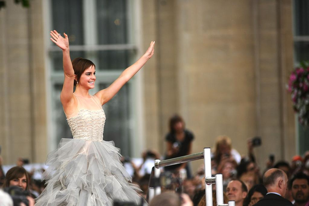 """<a href=""""http://movies.yahoo.com/movie/contributor/1802866081"""">Emma Watson</a> at the London world premiere of <a href=""""http://movies.yahoo.com/movie/1810004624/info"""">Harry Potter and the Deathly Hallows - Part 2</a> on July 7, 2011."""