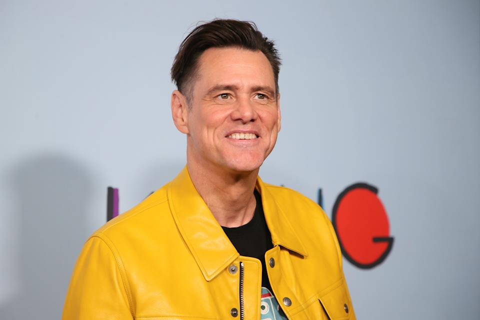 """Actor Jim Carrey poses at the premiere of Showtime's """"Kidding"""" at the Arclight Hollywood in Los Angeles, September 5, 2018.  REUTERS/Danny Moloshok"""