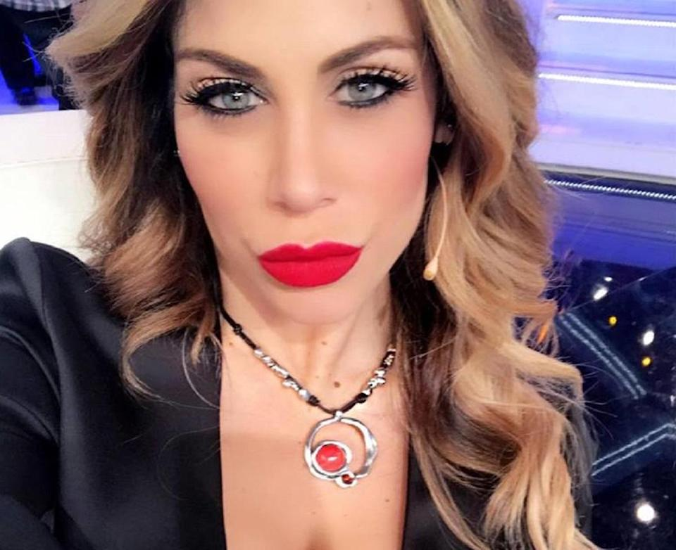 paola-caruso-milly-carlucci