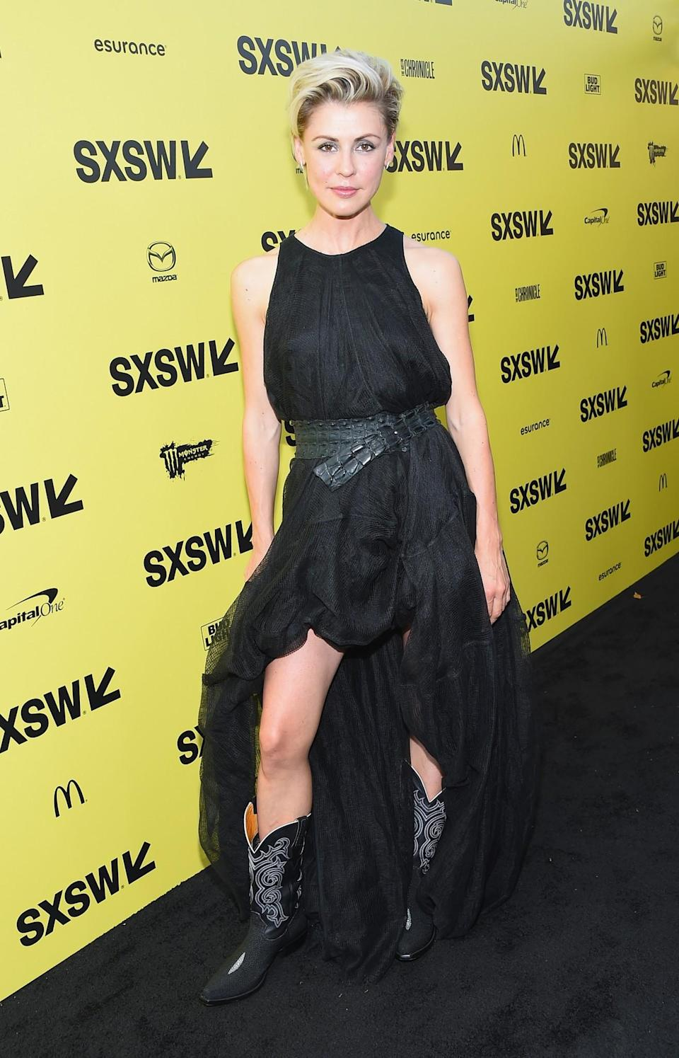 <p>Olga's Wild Western outfit was more costume party than red carpet.<br><i>[Photo: Getty]</i> </p>