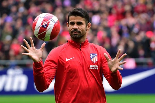 Atletico Madrid's Diego Costa, seen during a training session following his welcoming ceremony at the Wanda Metropolitan Stadium in Madrid, on December 31, 2017 (AFP Photo/PIERRE-PHILIPPE MARCOU )