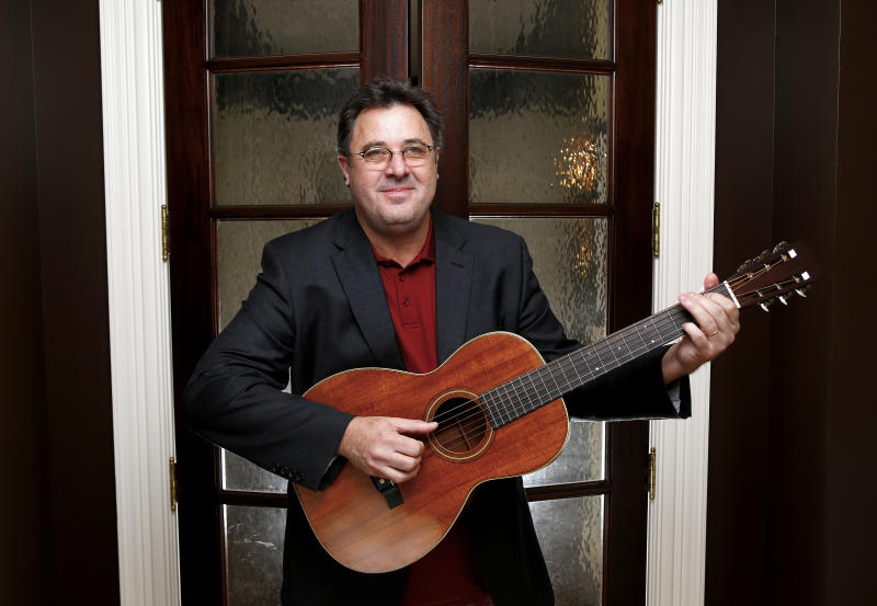 Music-Vince Gill