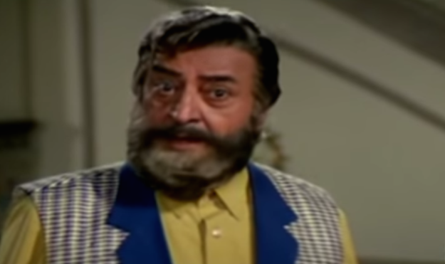 In this romantic drama, a septuagenarian Pran played a stubborn father who uses his daughter's marriage to his rival's son as a ploy to settle scores.