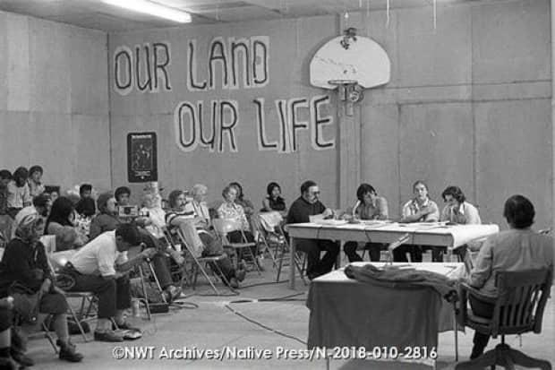NWT Archives/Native Communications Society fonds - Native Press photograph collection/N-2018-010: 2816