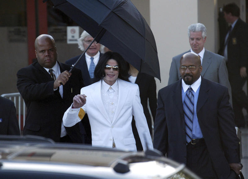 June 25th 2019 - The ten year anniversary of the death of entertainer Michael Jackson. Jackson was born on August 29th 1958 and died on June 25th 2009 at the age of 50. - File Photo by: zz/NPX/STAR MAX/IPx 2005 1/31/05 Michael Jackson is seen at the Santa Maria, California courthouse on the first day of his trial on charges of child molestation. (Santa Maria, CA)