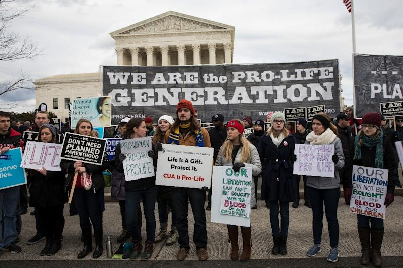 Anti-abortion advocates march in Washington DC as the White House throws its weight behind the campaign (AFP Photo/ZACH GIBSON)