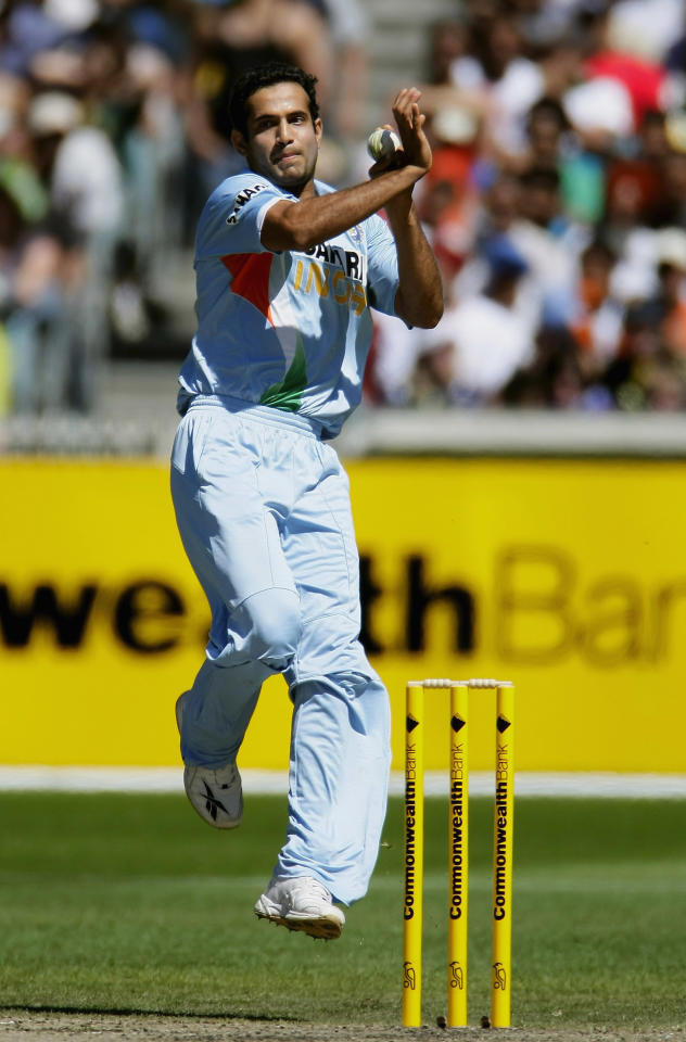 MELBOURNE, AUSTRALIA - FEBRUARY 10:  Irfan Pathan of India bowls during the Commonwealth Bank Series match between Australia and India held at the Melbourne Cricket Ground February 10, 2008 in Melbourne, Australia.  (Photo by Robert Cianflone/Getty Images)