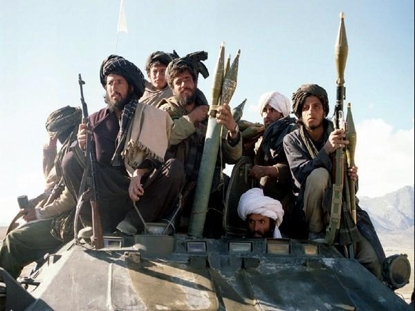 Armed members of Taliban Islamic students [Image Credits: Reuters Pictures]