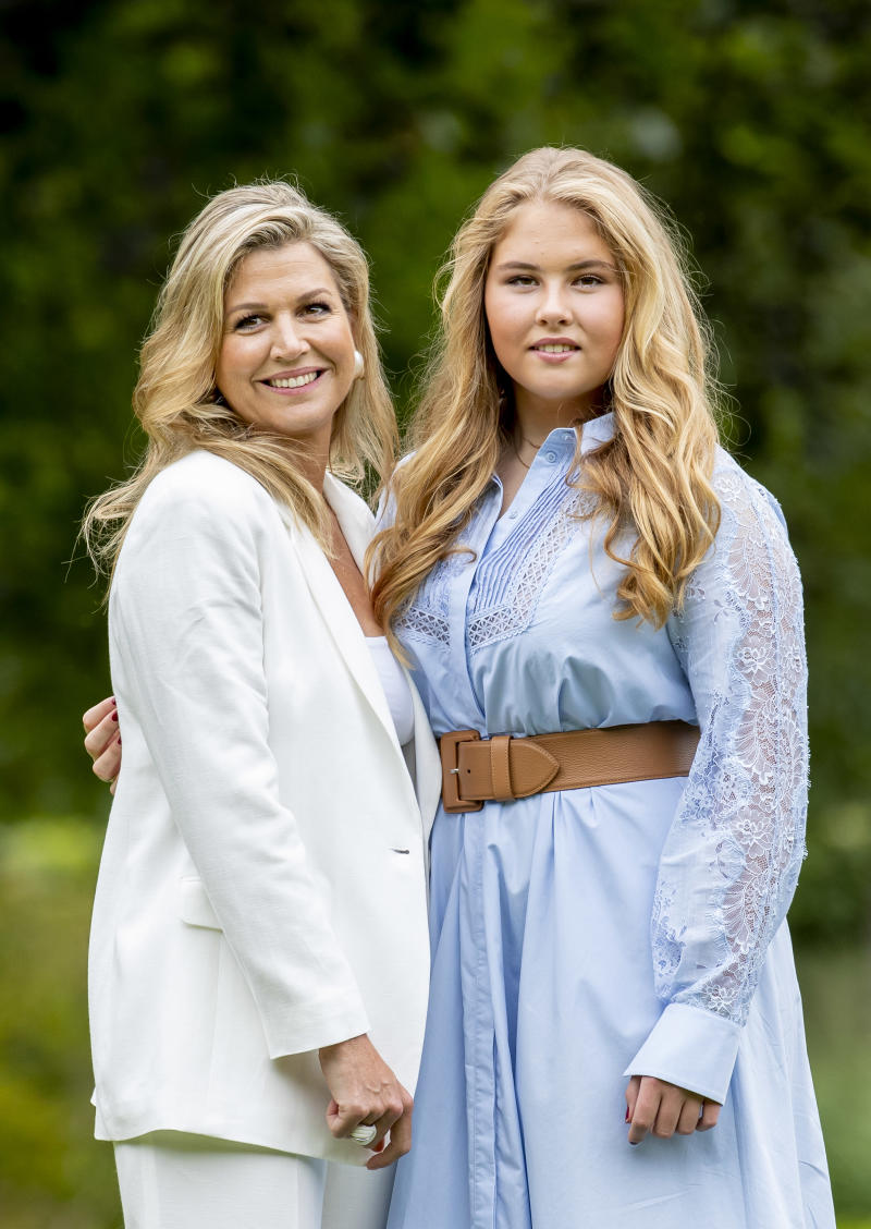 THE HAGUE, NETHERLANDS - JULY 17: Queen Maxima of The Netherlands and Princess Amalia of The Netherlands during the annual summer photocall at their residence Palace Huis ten Bosch on July 17, 2020 in The Hague, Netherlands. (Photo by Patrick van Katwijk/Getty Images)