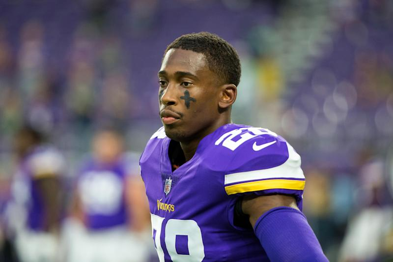 Vikings S George Iloka, CB Mark Fields II elevated to active roster for Titans game