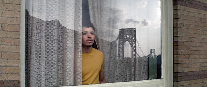 Anthony Ramos as the character Usnavi in a scene from the movie