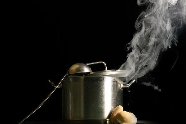 <b>3. Pressure cooker</b><br> While cooking your food, the technique used to cook it determines the nutrient content that the food retains. Pressure cooking your food or cooking in covered pans is the best approach to ensure you eat nutritious meals.