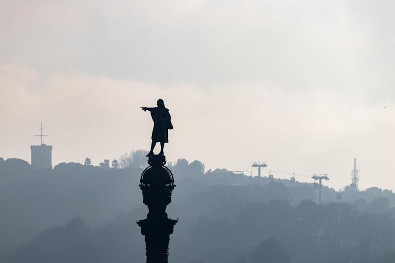 La estatua de Colón en Barcelona. (Photo: DinoGeromella via Getty Images)