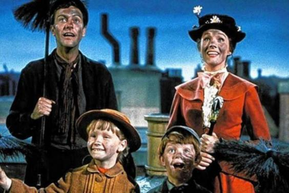 Dick Van Dyke (left) and Julie Andrews (right) in 'Mary Poppins' (Disney)