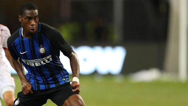 "<p><strong>Transfer: Inter Milan to Valencia</strong></p> <br><p>A mutually beneficial deal is warming up across two of Europe's biggest leagues as Inter Milan's Geoffrey Kondogbia and Valencia full-back Joao Cancelo <a href=""http://www.90min.com/posts/5404576-valencia-ready-to-swap-promising-defender-in-order-to-land-inter-star-in-2-way-loan-deal"" rel=""nofollow noopener"" target=""_blank"" data-ylk=""slk:prepare"" class=""link rapid-noclick-resp"">prepare</a> to switch allegiances on a season-long loan.</p>"