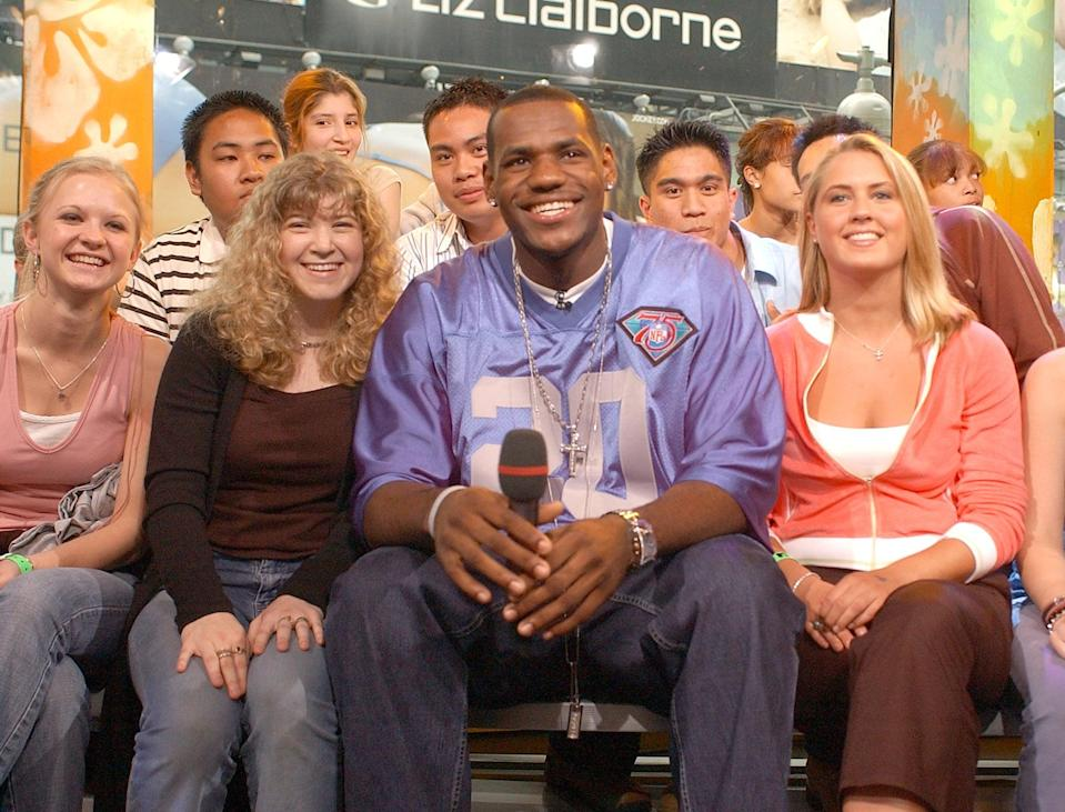 <p>LeBron James sat with fans on <b>TRL</b> in 2003.</p>