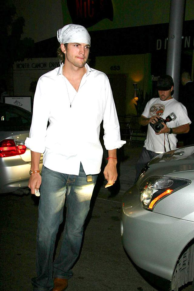 "We're not sure if Ashton Kutcher can pull off this look. AlphaX/<a href=""http://www.x17online.com"" target=""new"">X17 Online</a> - July 14, 2007"