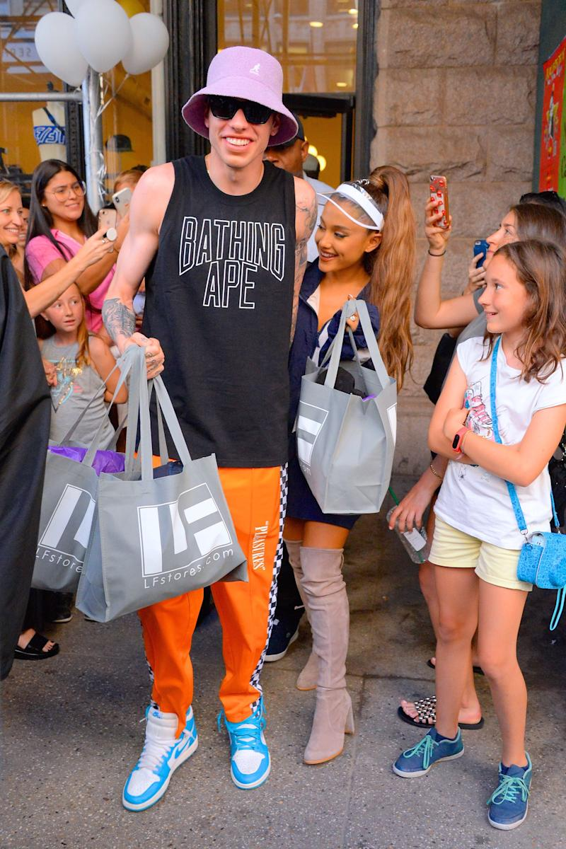 NEW YORK, NY - JUNE 29: Pete Davidson and Ariana Grande seen in Manhattan on June 29, 2018 in New York City. (Photo by Robert Kamau/GC Images)