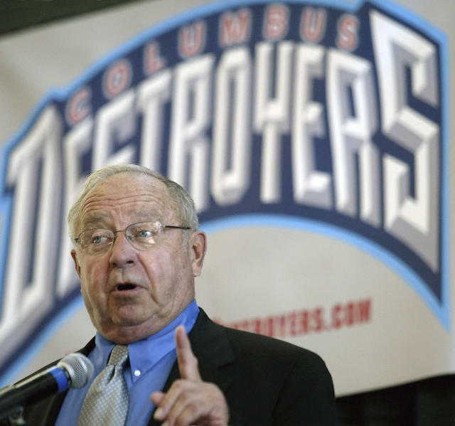 "FILE - In this Sept. 25, 2003, file photo, Earl Bruce speaks to the media, announcing that the Buffalo Destroyers will be moving to Columbus and Bruce will be the head coach, during a news conference in Columbus, Ohio. Former Ohio State football coach Earle Bruce has died at his home in central Ohio. The College Football Hall of Fame member was 87. His four daughters released a statement Friday, April 20, 2018, on the loss of ""a wonderful husband, father, grandfather and a respected coach to many."" (AP Photo/Jay LaPrete, File)"