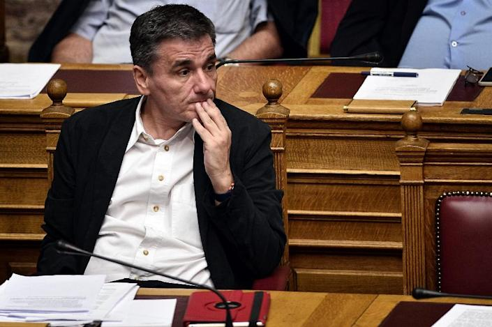 Greek Finance Minister Euclid Tsakalotos attends a session at the parliament in Athens on July 22, 2015 (AFP Photo/Louisa Gouliamaki)