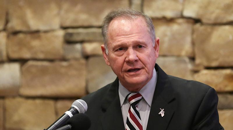 Everyone Knew Roy Moore Dated High School Girls, Says Former Colleague
