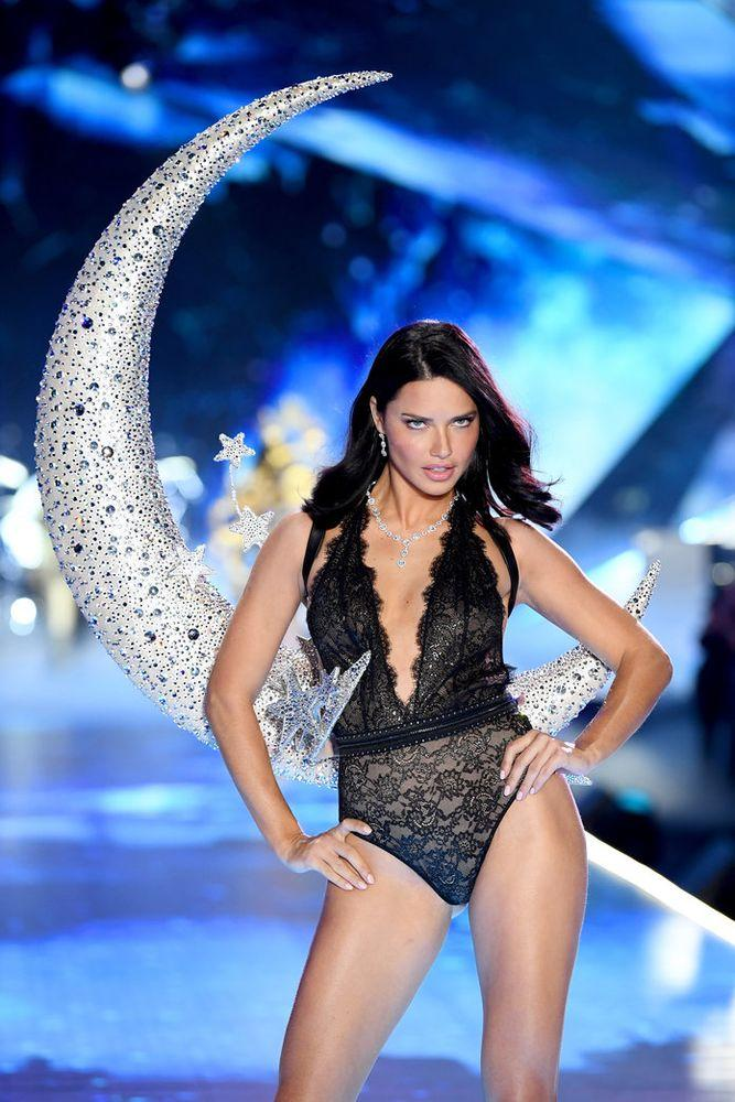 f3eb31814cc Adriana Lima Just Walked Her Last Victoria s Secret Show — Here Are ...