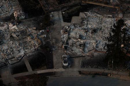 An aerial view of properties destroyed by the Tubbs Fire in Santa Rosa.    REUTERS/Stephen Lam