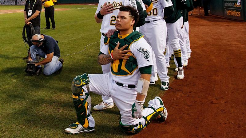 A's Bruce Maxwell will stand for national anthem in 2018