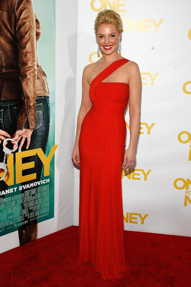 "NEW YORK, NY - JANUARY 24:  Katherine Heigl attends the ""One for the Money"" premiere at the AMC Loews Lincoln Square on January 24, 2012 in New York City.  (Photo by Andy Kropa/Getty Images)"